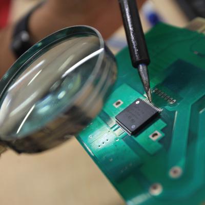 Departamento de Ingeniería Eléctrica y Electrónica | Uniandes
