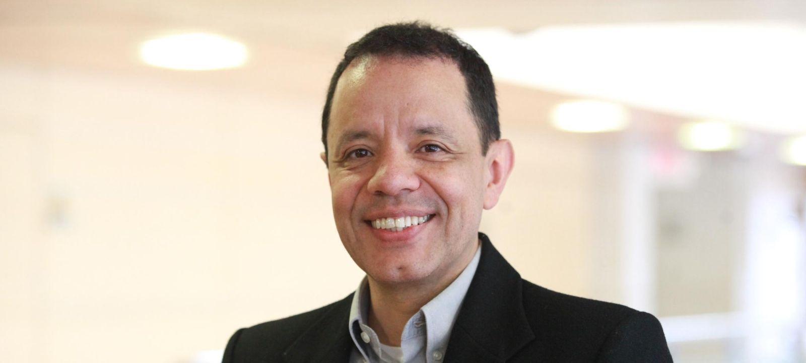 Jorge Villalobos, profesor titular del Departamento de Ingeniería de Sistemas y Computación