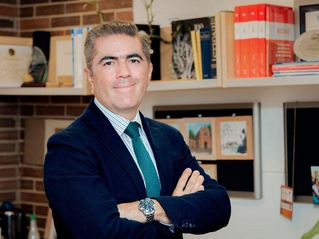Juan Francisco Correal, profesor titular de Ingeniería Civil y Ambiental